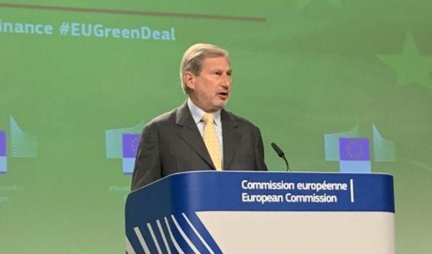 Emissioni Green bond Ue fino a 250 mld sosterranno il Recovery Fund