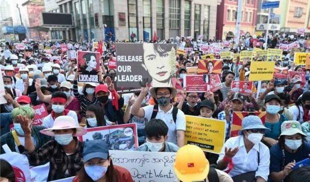 Myanmar: 38 manifestanti uccisi. L'esercito ricorre a TikTok?