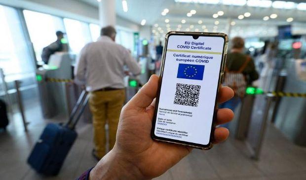 Restrizioni Covid Ue, stop ad arrivi turistici senza vaccino da USA