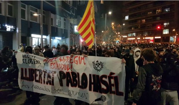 Spagna, arrestati 6 italiani: coinvolti nel caso del rapper Hasél