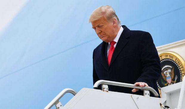 Addio alla Casa Bianca, Trump verso la cerimonia: come e dove sarà