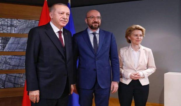 Ue-Turchia: visita diplomatica di Michel e Von der Leyen a Erdogan