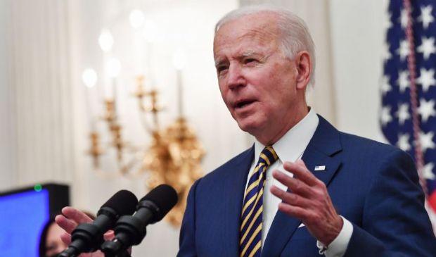 Usa, varato il piano shock di Biden da 1.900 miliardi di aiuti