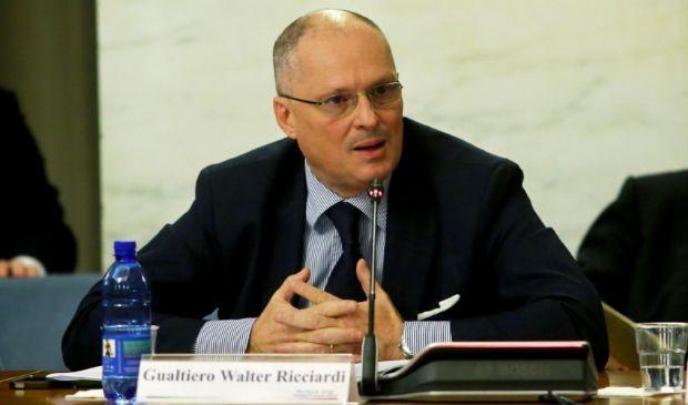Walter Ricciardi, semplice consulente del ministero o esperto scomodo?
