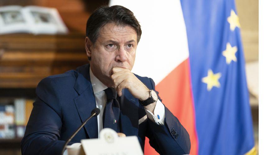Censis, italiani più poveri. Le spine del Governo su conti e ripresa