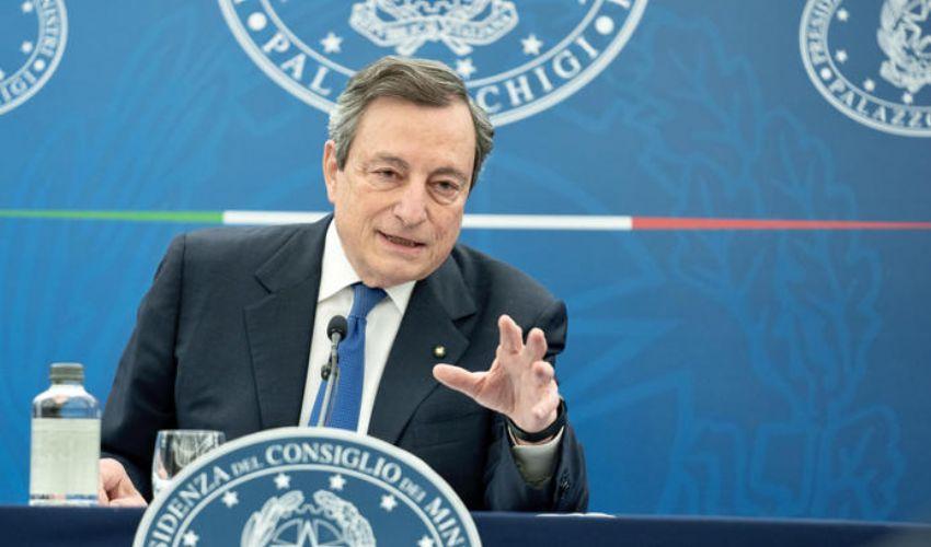 Draghi: dal 26 aprile zona gialla, spostamenti Regioni e pass, scuola