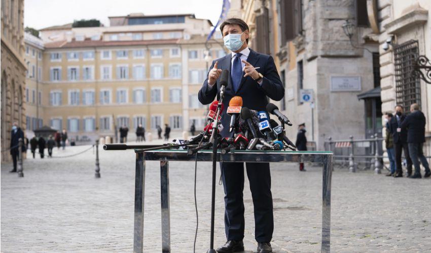 Conte apre a Draghi. E' il segnale che i governisti dei 5S attendevano