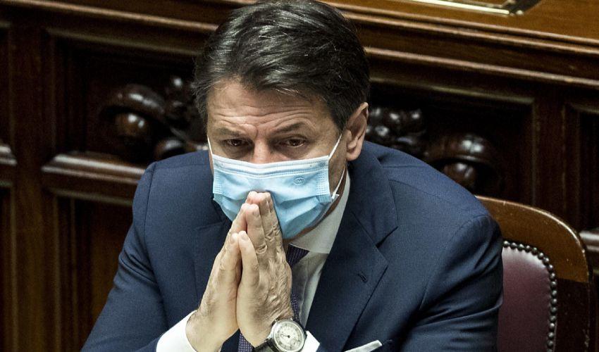 Crisi di governo ultimissime: dimissioni Conte alle 12 da Matterella