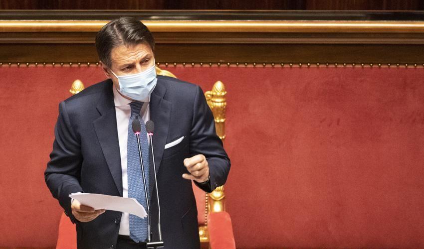 Crisi di governo, Conte oggi in Senato: orario, discorso e voto