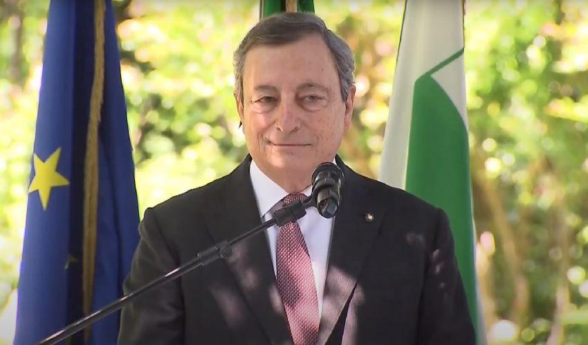 """Draghi: """"Il Paese ha davanti a sé una fase nuova. Sarà più moderno"""""""