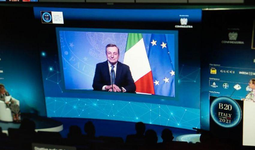 Draghi vede l'uscita dalla pandemia e va avanti con la sua agenda