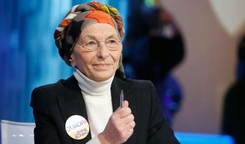 Emma Bonino: età altezza marito figli, biografia e carriera