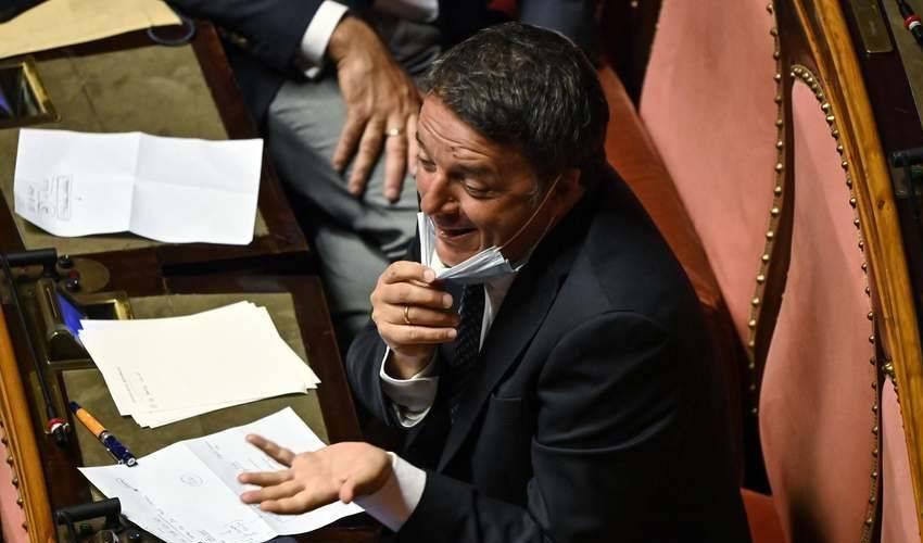 Riforme, Italia Viva fa slittare il voto ai diciottenni per il Senato