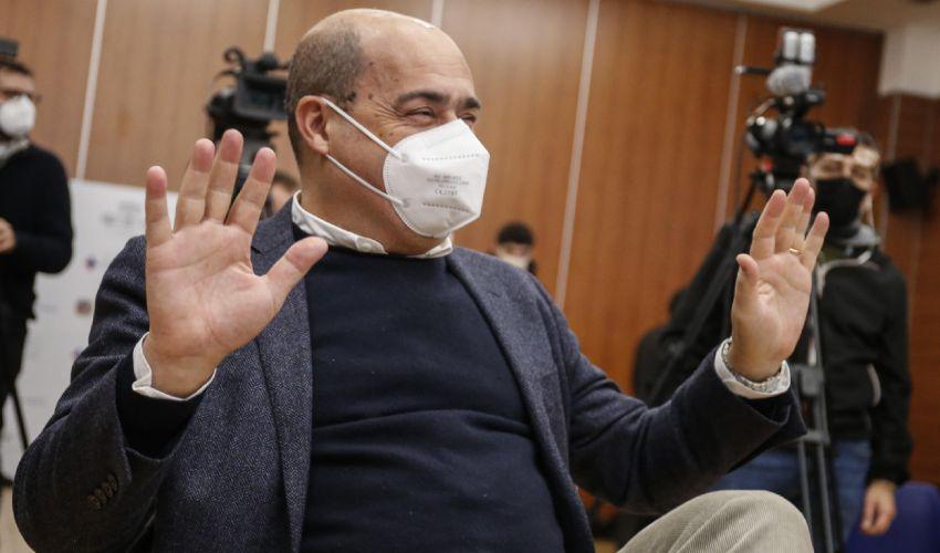 """Zingaretti prova a frenare Renzi: """"La crisi grave errore politico"""""""