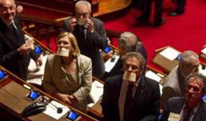 Intercettazioni Berlusconi: proposta di legge che divide il governo