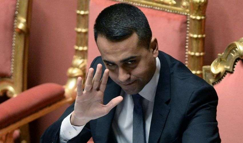 Luigi Di Maio: dimissioni da capo politico M5S, biografia e carriera