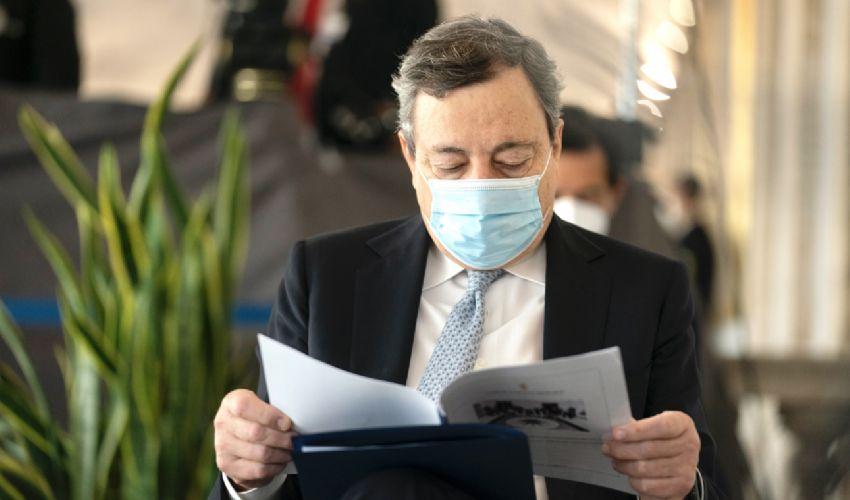 Riaperture e coprifuoco dal 24 maggio: cosa prevede il decreto Draghi