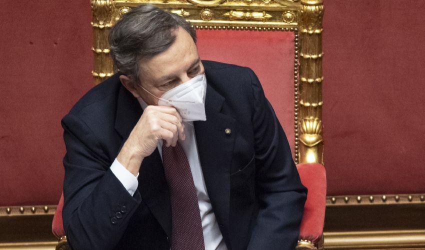 Nuovo decreto o Dpcm, Draghi valuta misure con graduali riaperture
