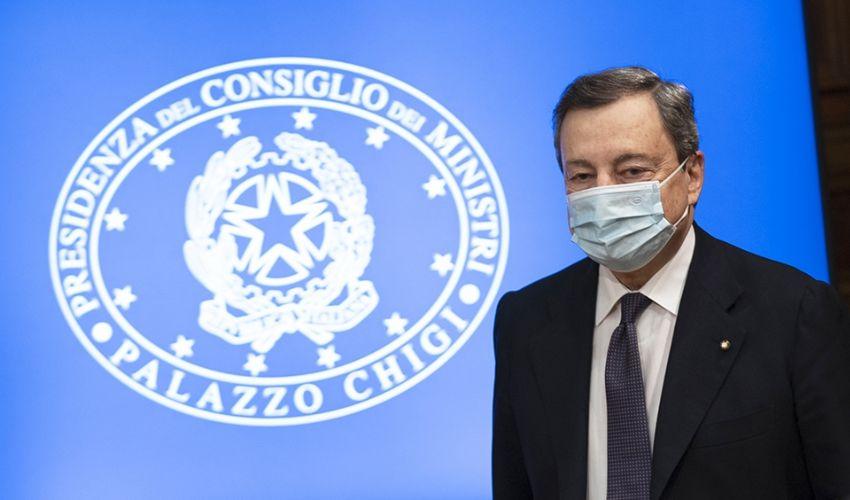 Da lunedì 12 regioni in lockdown, l'Italia diventa sempre più rossa