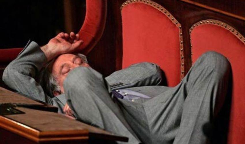 Stipendi politici parlamentari italiani 2019: quanto guadagnano?