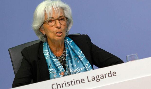 """Covid, Lagarde: """"Nessun ritiro prematuro delle misure di sostegno"""""""