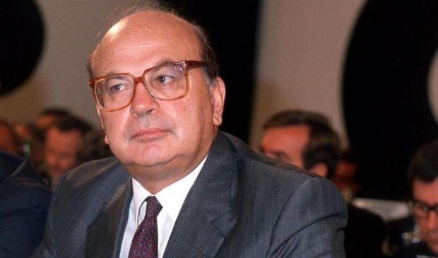 Bettino Craxi: moglie e figli, storia biografia, data morte Hammamet