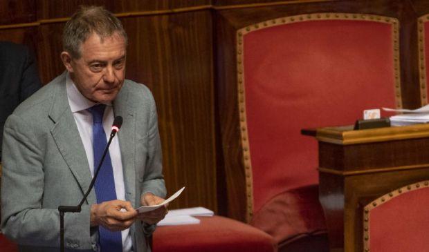 Chi è Urso, eletto presidente del Copasir ma senza i voti della Lega