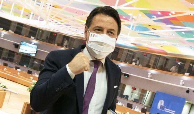 """Vertice europeo, Conte: """"All'Italia 209 mld tra prestiti e sussidi"""""""