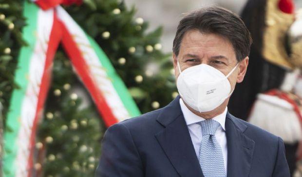 Coronavirus ultime notizie oggi 31 dicembre: il Capodanno in rosso