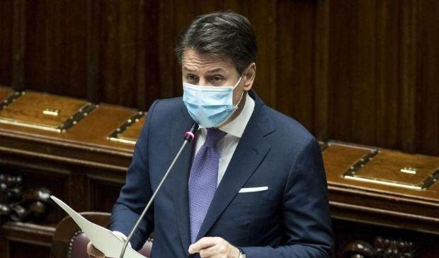 Covid, Conte: «Governo pronto ad intervenire ancora»