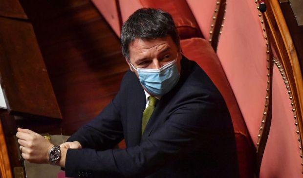 """Renzi duro attacco a Conte: """"Lei ha avuto paura di salire al Colle"""""""