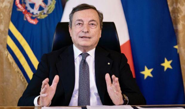 """Covid, Draghi: """"Con accelerazione vaccini via d'uscita non lontana"""""""
