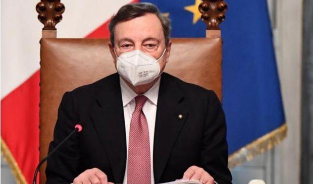 Draghi non prende lo stipendio da premier: risparmiati 80 mila euro
