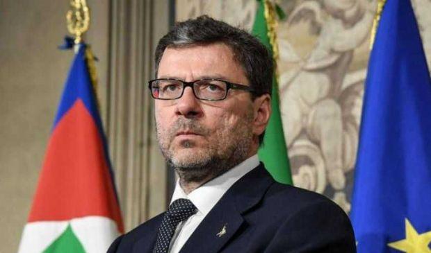 Giancarlo Giorgetti: età, biografia ministro Mise, moglie e figli