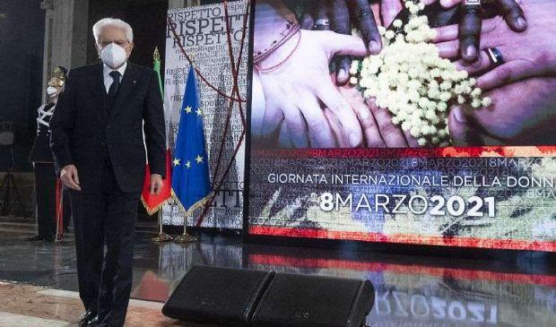Il ricordo di Mattarella delle 12 donne uccise dall'inizio dell'anno