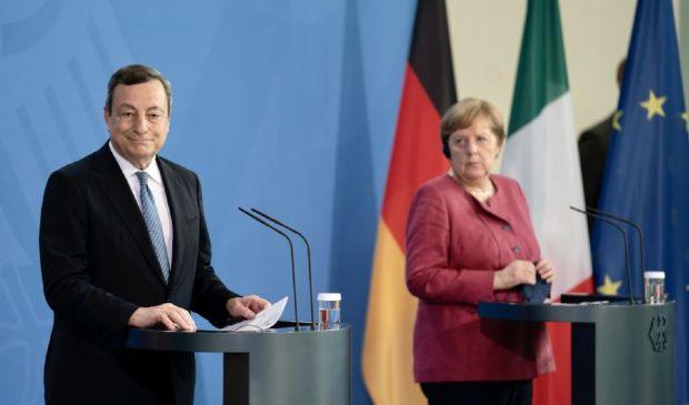 Draghi incontra Merkel a Berlino: sul tavolo anche il dossier migranti