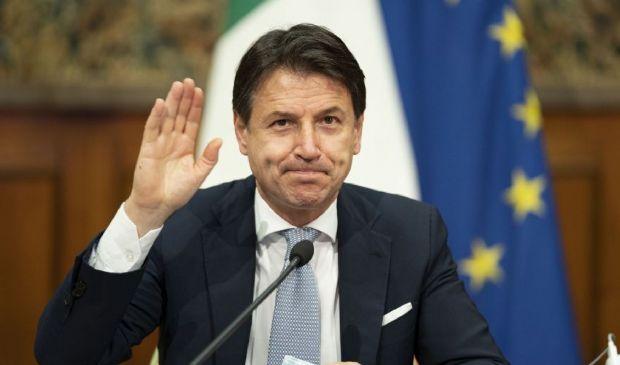 Lockdown a Natale 2020: cosa cambia in Italia? Zona rossa e arancione