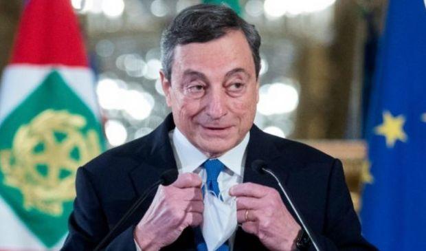 """Mario Draghi vuol dire fiducia, spopola l'hashtag """"quella volta che"""""""