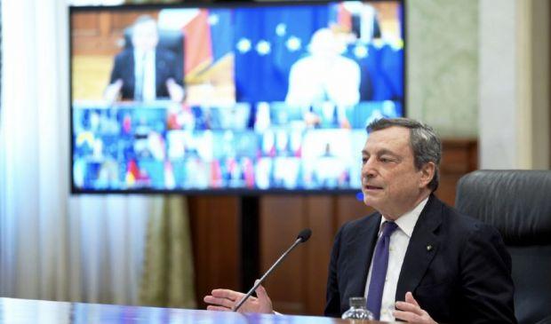 """Vaccini, Draghi: """"Cittadini ingannati"""". Strigliata anche alle Regioni"""