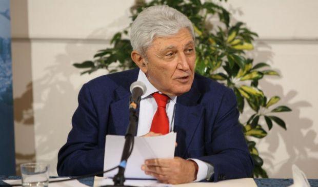Gli outsider del centrosinistra: a Napoli il ritorno di Bassolino