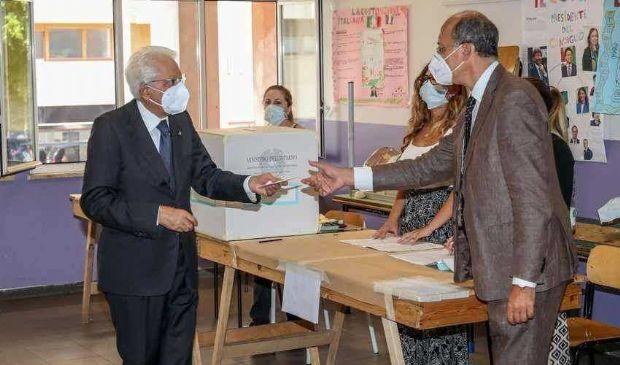Referendum e regionali, le prime proiezioni: chi vince e chi perde