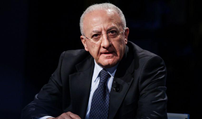 Vincenzo De Luca: chi è il presidente Campania, età figli e moglie