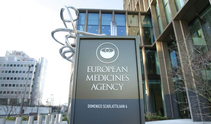 Vaccino Johnson & Johnson, sì dell'Ema. AstraZeneca, stop in Danimarca