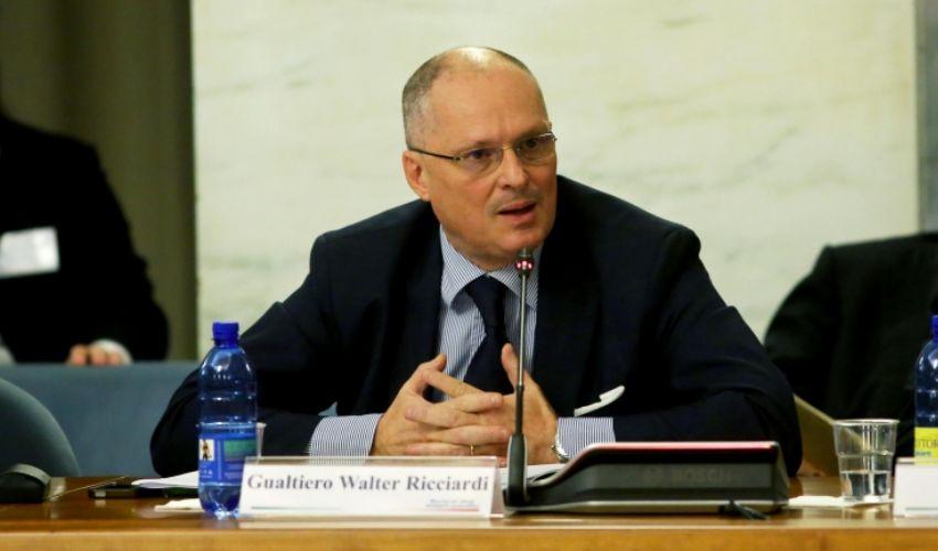 Lockdown in Italia, esperti: chi è pro e contro la chiusura totale