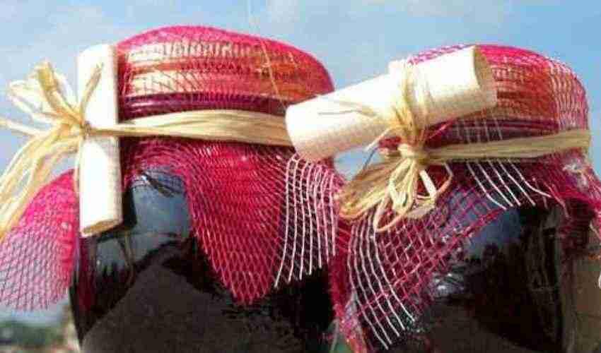 Conserve casalinghe: rischio botulino e muffe tossine