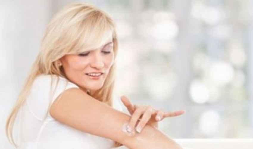 Psoriasi: cos'è e come funziona il trattamento farmaco biologico