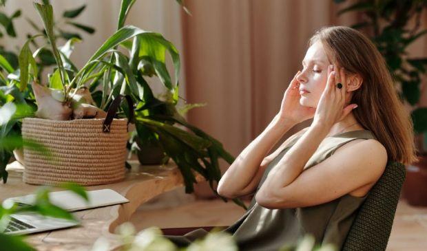 Mal di testa e alimentazione: i cibi sì e quelli invece da evitare