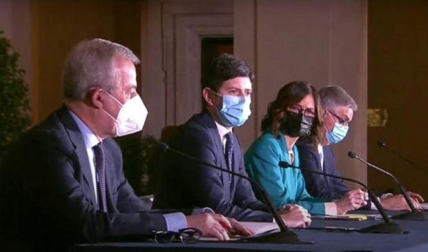 """I guasti delle 21 """"repubbliche sanitarie"""", è ora di cambiare rotta"""