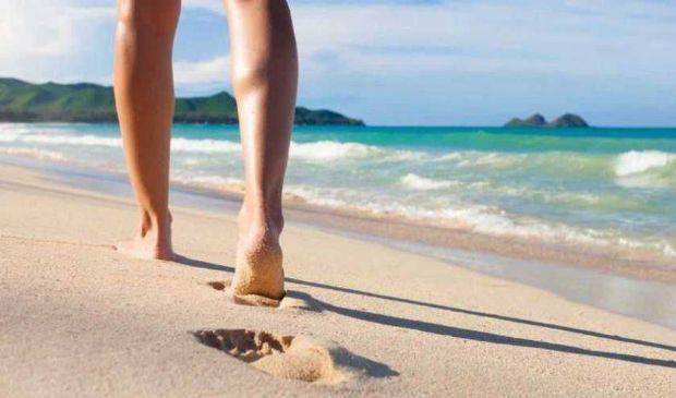 Puntura tracina: rimedi contro il dolore del veleno piedi e mani