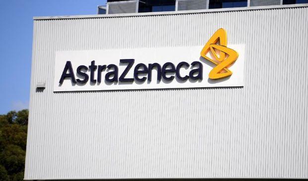 Piano vaccini, ritardi nelle somministrazioni anche da AstraZeneca